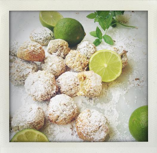 Kokoskakor med lime