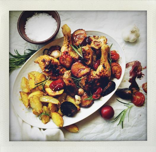 Grillad kyckling med plommon, vitlök och rosmarin